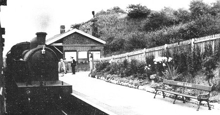 Ex G.C. C13 4.4.2T No 67426 arrives at Hign Lane with an Up Local on the 4th September 1954. Note the immaculate gardens. (H.C. Casserley). (From Marple Rail Trails)